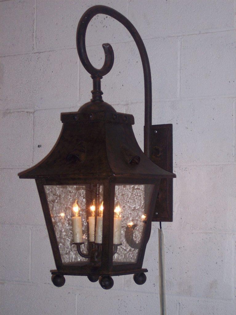 Barlow Wall Lantern (2)